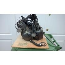 2XT Yamaha TZR250 engine & carbs #2