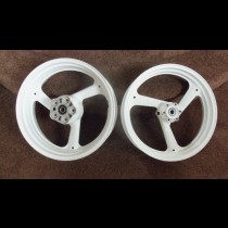 4DP Yamaha TZ250 wheels - fresh paint